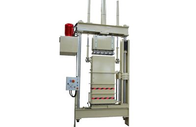 Single chamber clothing press